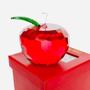 RED CRYSTAL APPLE by SIMON DESIGNS